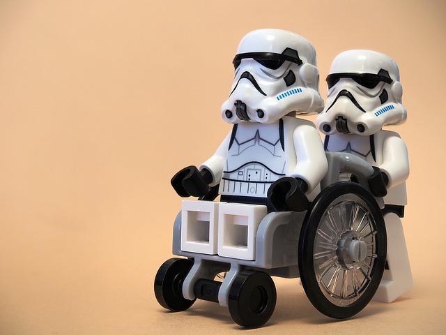 wheelchair-2090900_640